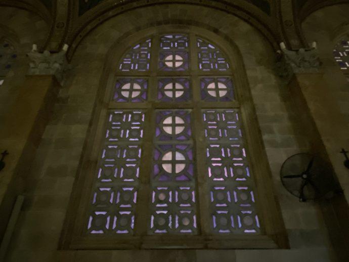万国民の教会のステンドグラス