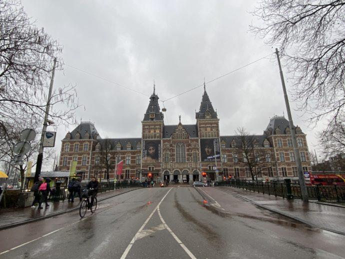 アムステルダム国立美術館の裏側