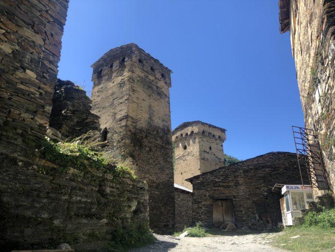 ウシュグリの復讐の塔