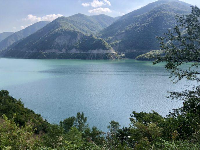 ジンヴァリ貯水湖