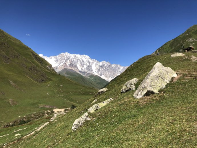 ウシュグリ村