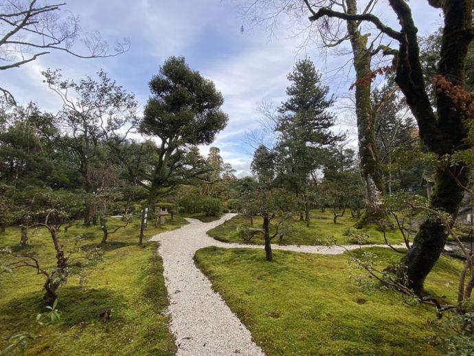 那谷寺琉美園の庭園