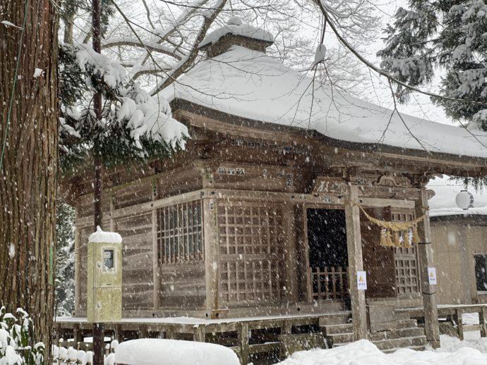 中尊寺の観音堂