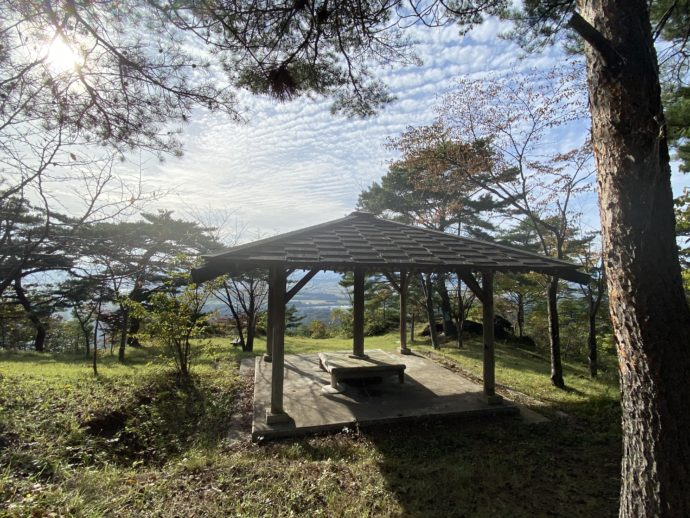 大師山の山頂の東屋