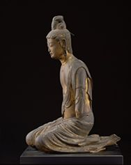慈恩寺の菩薩坐像