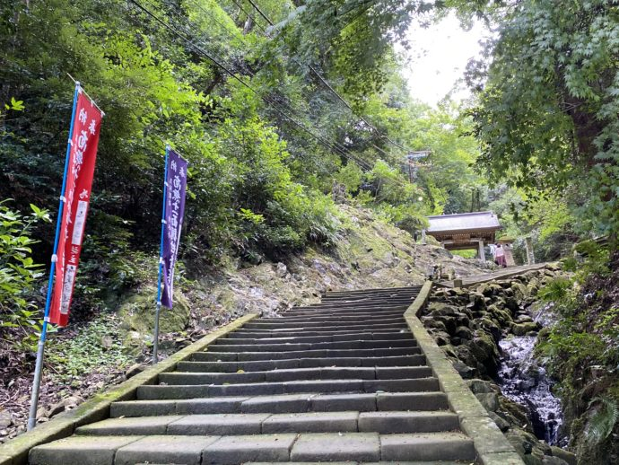 安来清水寺の参道
