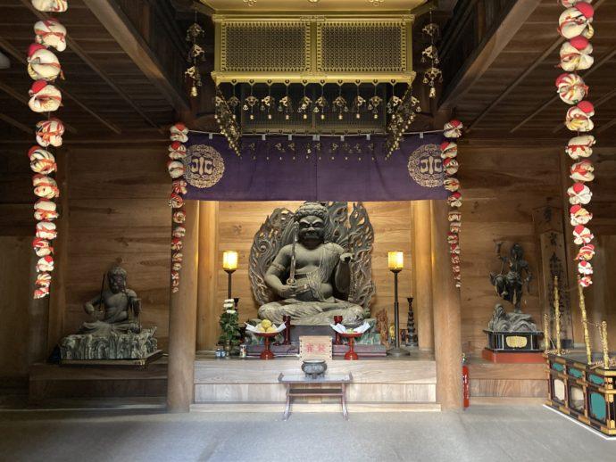 安来清水寺の護摩堂の不動明王と諸仏