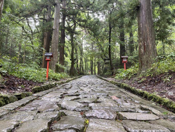 大神山神社奥宮の石参道