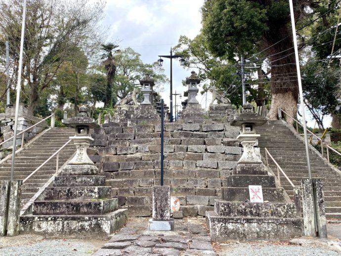 本妙寺の石段と胸突雁木