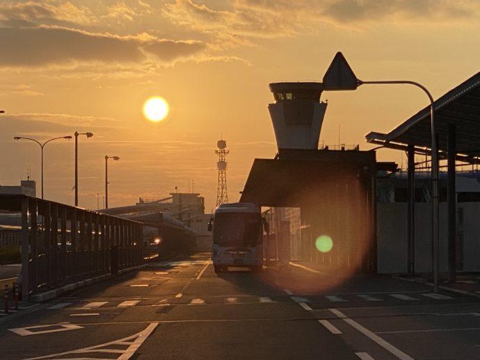 阿蘇くまもと空港の夕暮れ