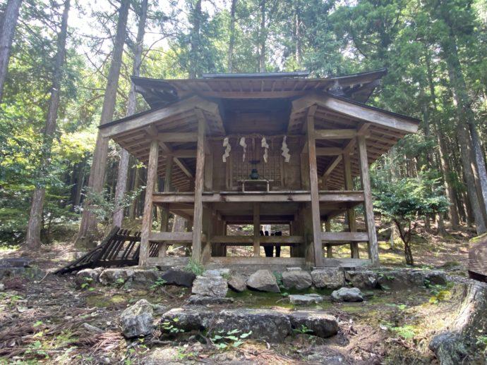 若狭神宮寺の奥の院