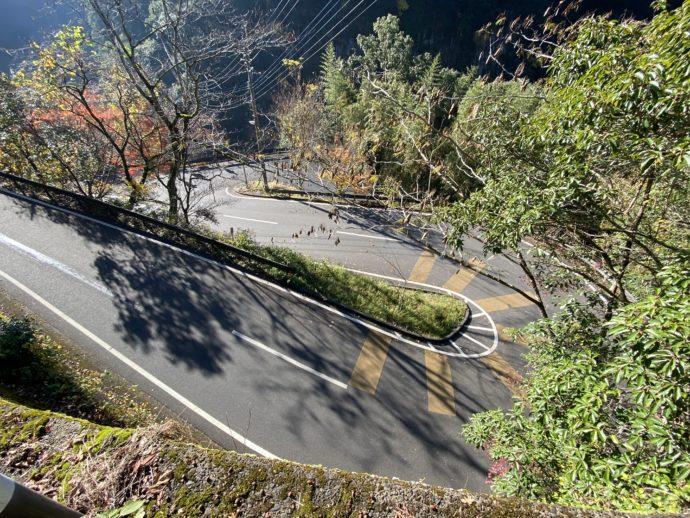 高千穂峡へのくねくね道路