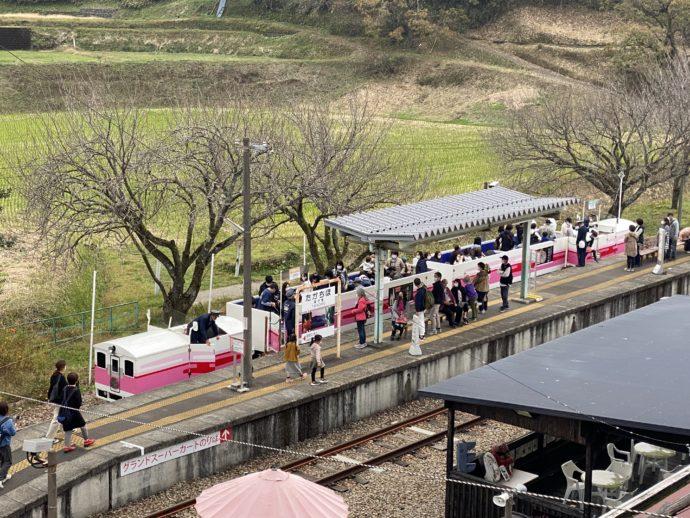 あまてらす鉄道の高千穂駅ホーム