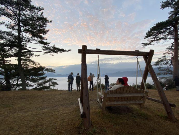 国見ヶ丘展望台のブランコ