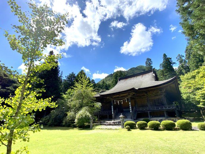 神宮寺の広い土地