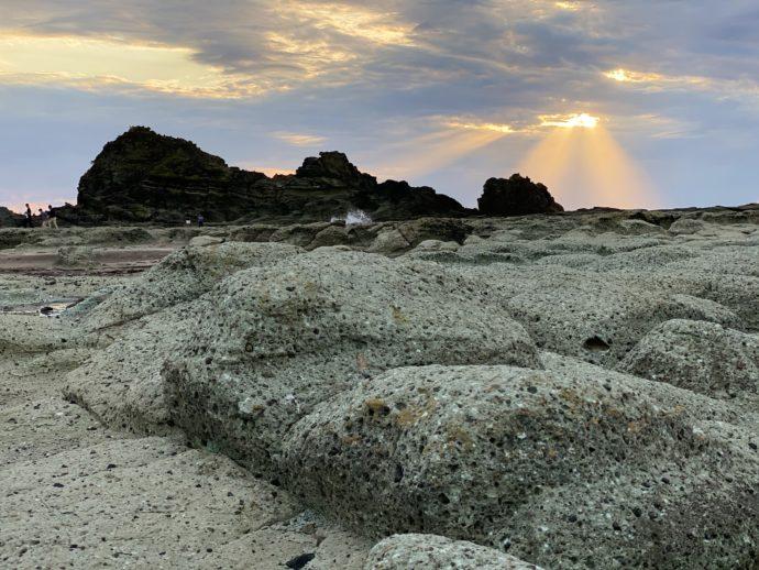 夕暮れ時の千畳敷海岸