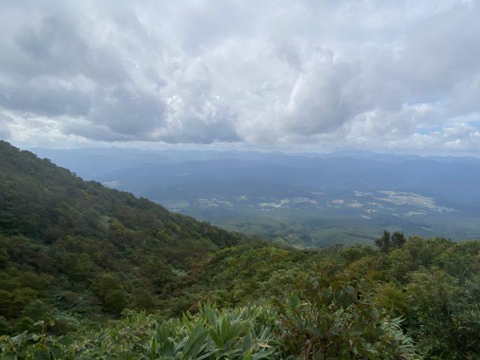 岩木山登山道からの景観