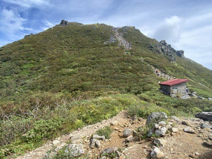 岩木山の九合目の登山道