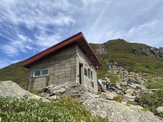 岩木山の九合目のトイレ