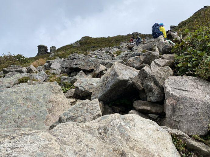 岩木山の岩場
