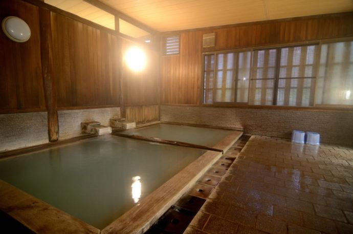 嶽温泉小島旅館のお風呂