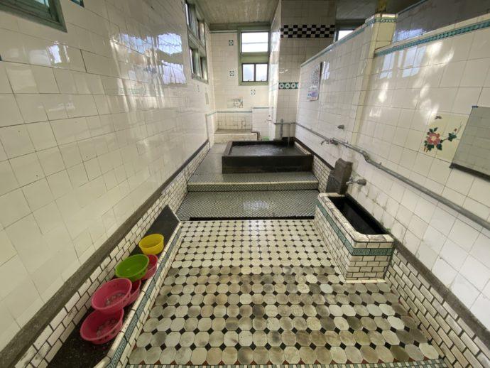 大社湯の浴場