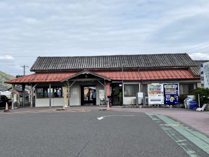 養老鉄道揖斐駅の駅舎