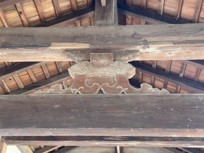 瑞龍寺の蟇股