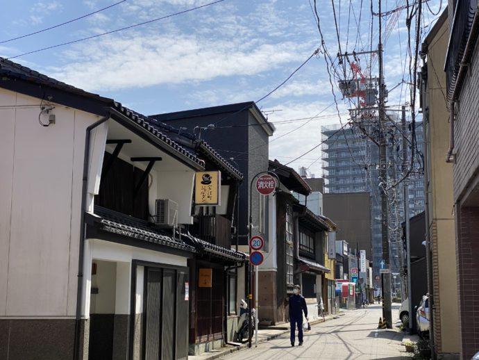 金沢の路地裏