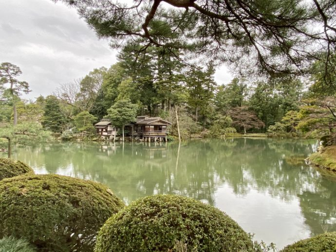 兼六園の霞ヶ池