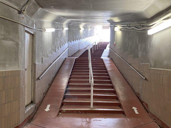 羽咋駅の地下道