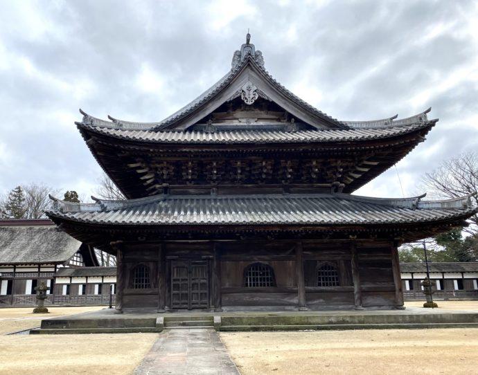 瑞龍寺の仏殿