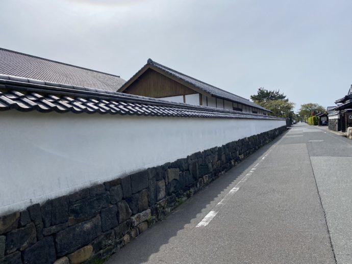菊屋家住宅の白壁