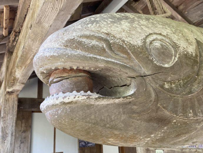 東光寺の魚板