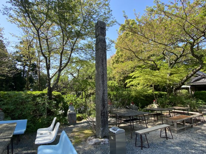 阿弥陀寺の椅子