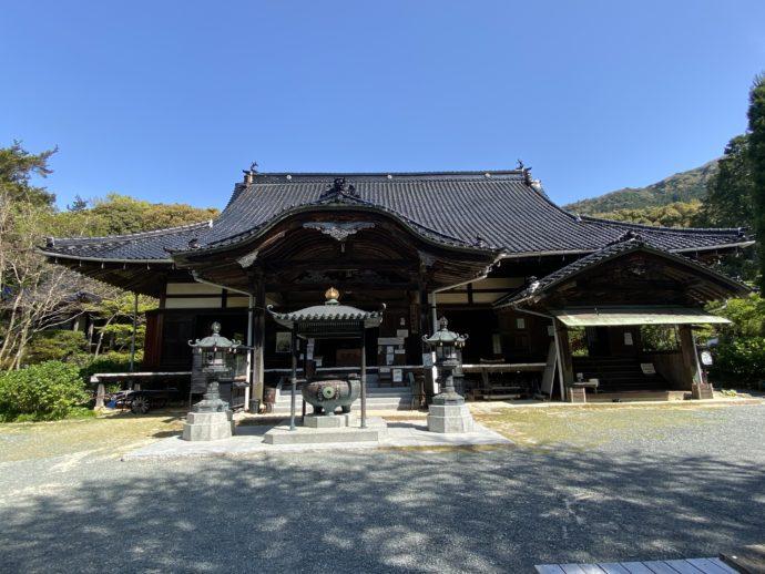 阿弥陀寺の本堂