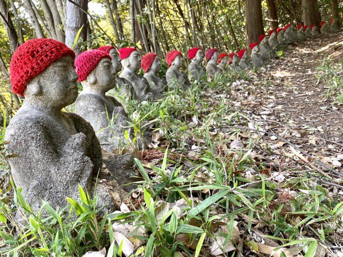 赤い帽子のお地蔵さん