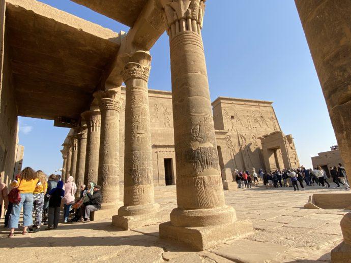 イシス神殿の円柱