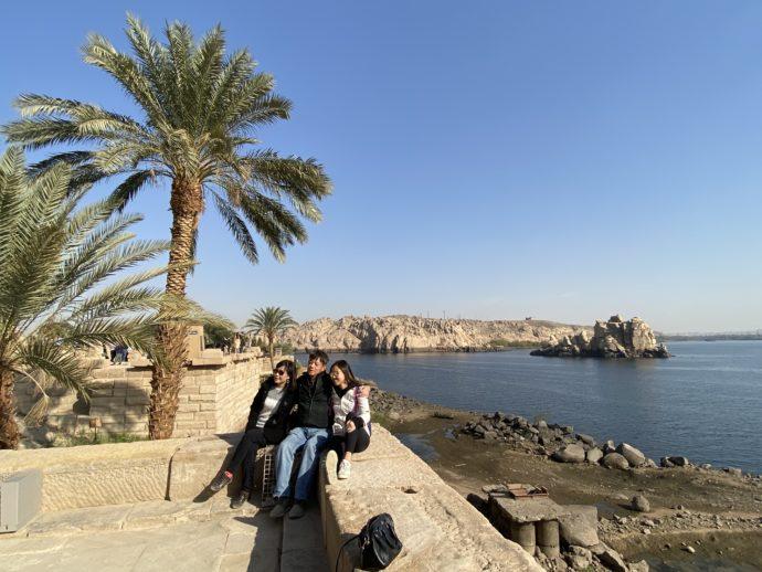 イシス神殿の観光客