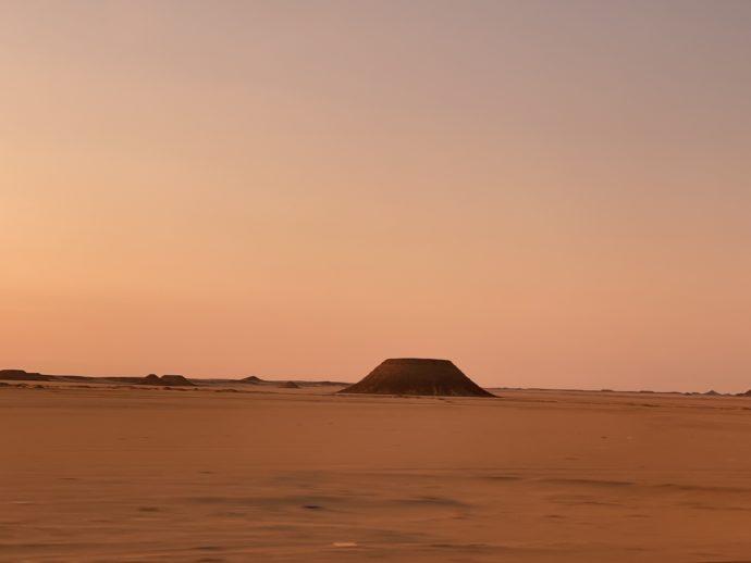 謎の砂の山