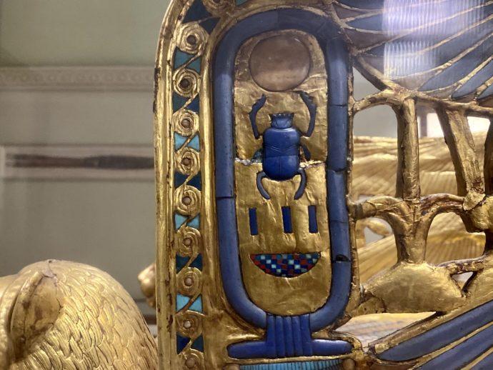スカラベの装飾