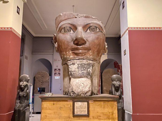 ハトシェプスト女王の頭像