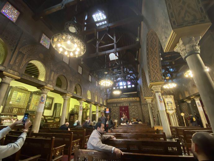エル・ムアラッカ教会の礼拝堂