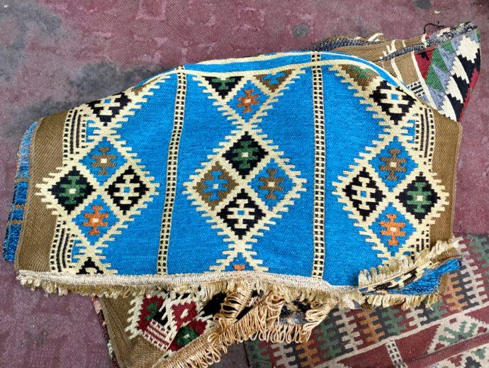 エジプトのブルーの絨毯