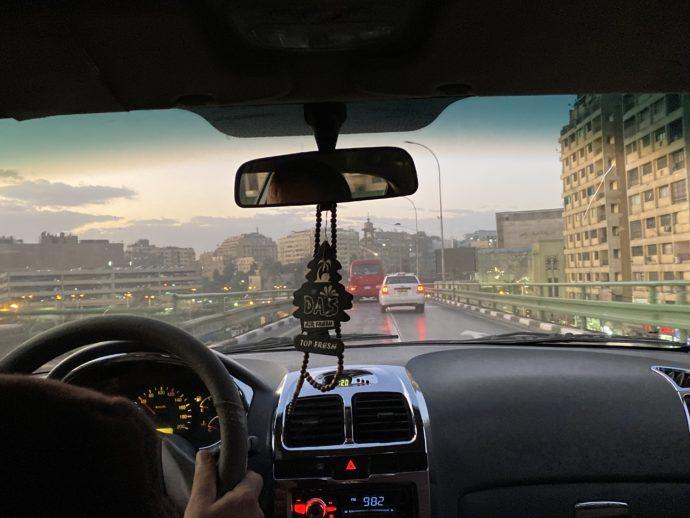 タクシーから見たカイロの町