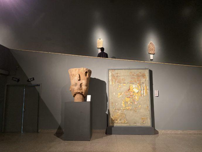 ルクソール博物館のスロープ
