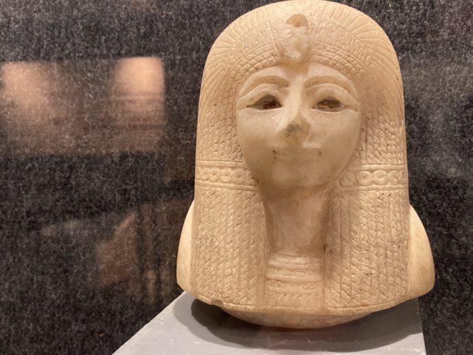 カノプス壺の頭部