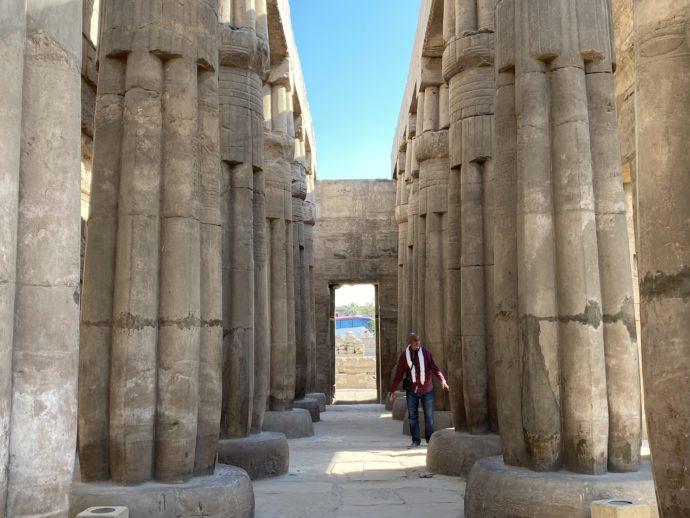 ルクソール神殿の列柱室