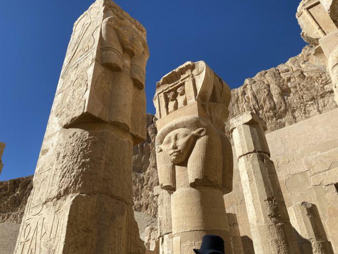 ハトホル神の柱