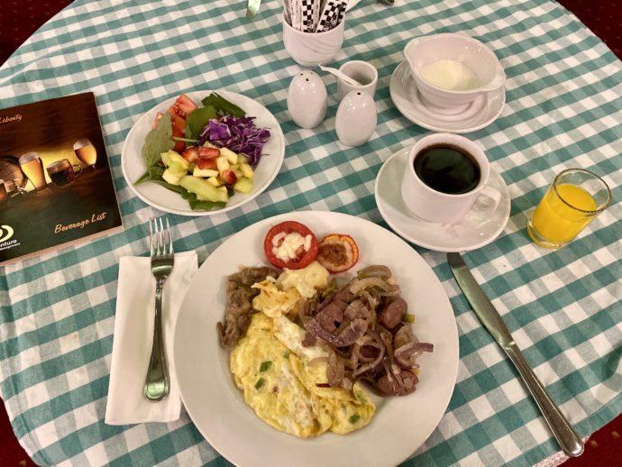 クルーズ船の朝食